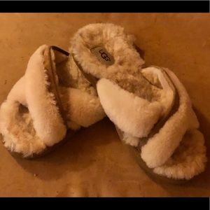 Ugg  Abela shearling slipper slides  9 - 10 sizes